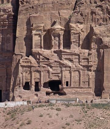 petra corinthian tomb